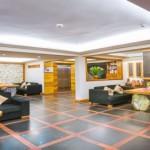 SUNNYMOUNTAIN_HOTEL_LOBY