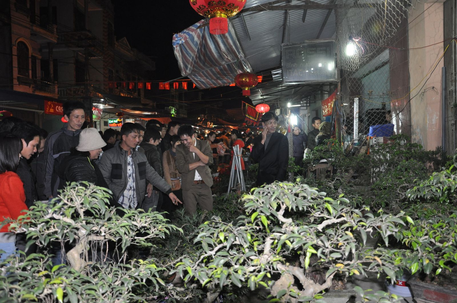 Chợ Viềng: Typical Culture At Vieng Market - Buy Good Luck