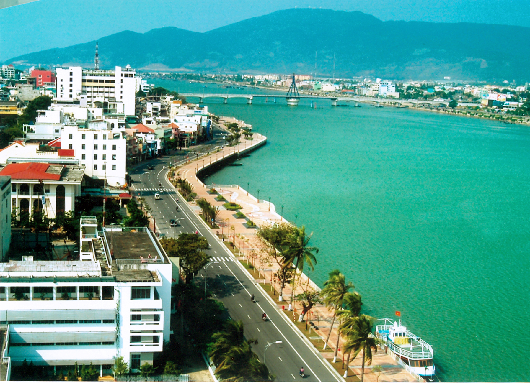 Hotels In Halong City