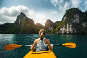 kayaking-sapa-halong-bay-tour